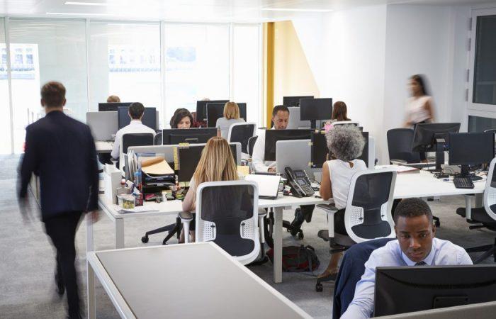 Care sunt avantajele unui job la birou?